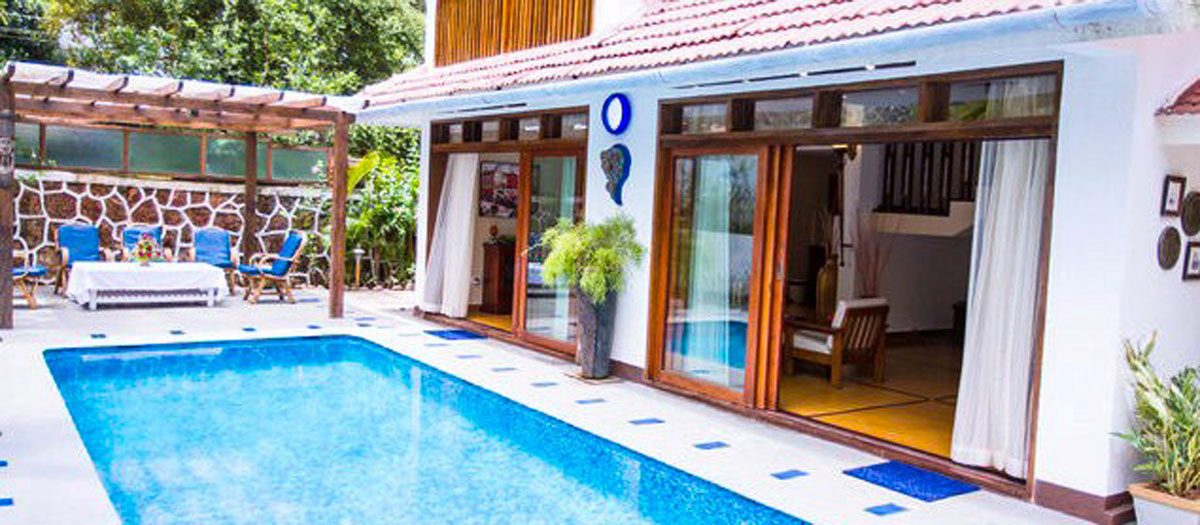 4 bedroom royal pool villa in goa four bedroom royal - Guest house in goa with swimming pool ...